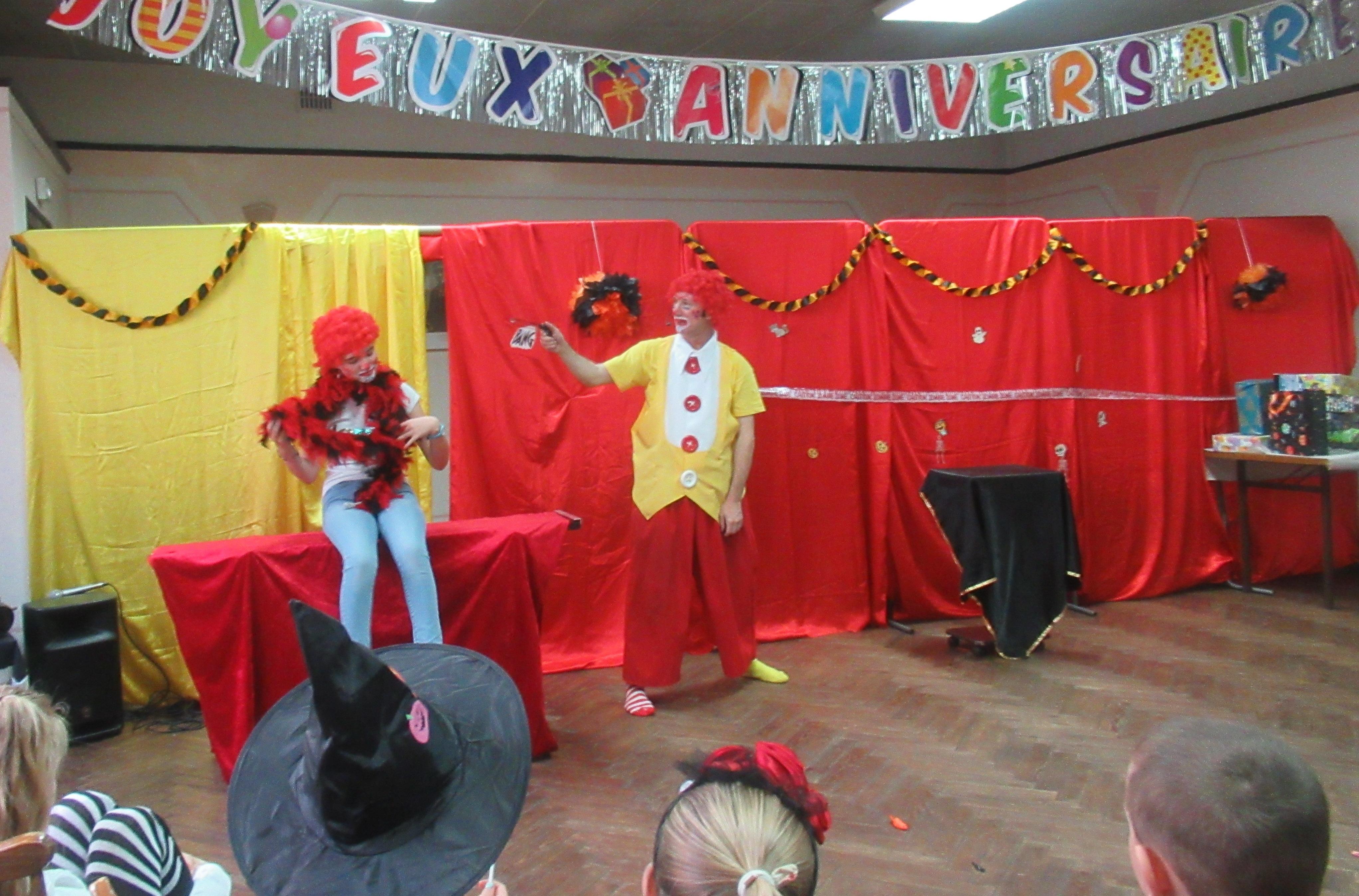clown magicien picolus
